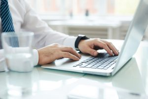 Using laptop for business analysis